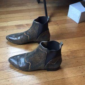 Flat snake skin boots